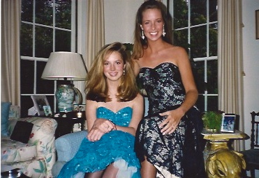 (Adele Griffin at 17, in blue! With her high school bff Holly.)
