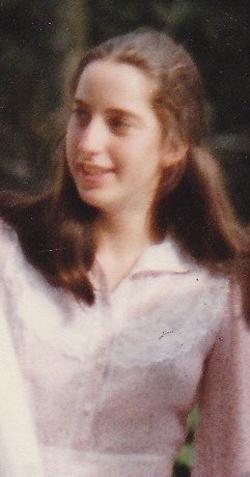 (Jennifer at 17 years old.)